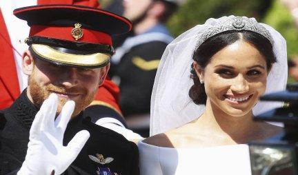 NA DANAŠNJI DAN VENČALI SU SE HARI I MEGAN! Svadba nije prošla bez SKANDALA, a ceremoniju u crkvi obeležile su SUZE NJENE MAJKE!
