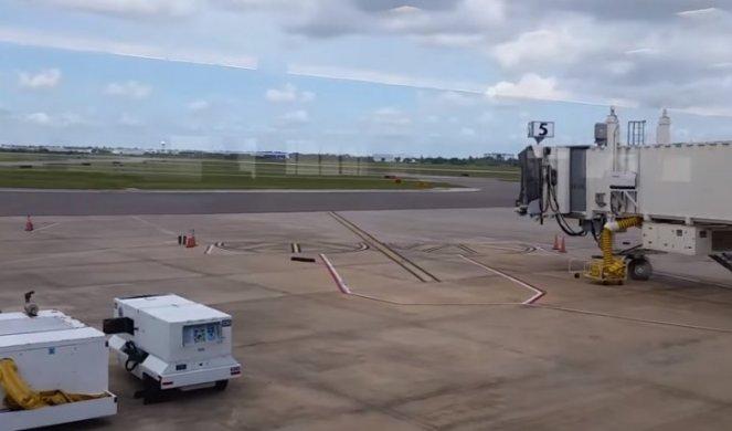 POKUŠAO DA UKRADE PUTNIČKI AVION! Drama na aerodromu na Floridi!