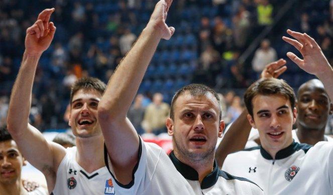 (FOTO) ŠMEKERSKI POTEZ! Valensija ćirilicom dočekala Partizan!