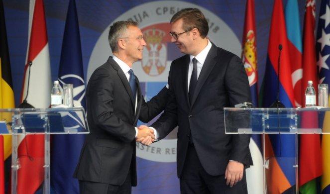 Srbija i NATO ostavljaju bombardovanje iza sebe 216455_stoltenberg-tanjug01_f