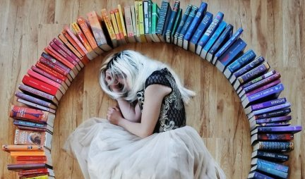 PREPORUČUJEMO - Pet fenomenalnih knjiga o samoći! Ovo je idealno vreme da se bacite na čitanje!