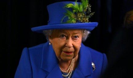 NIKO NE ZNA U KOJOJ PREGRADI ČUVA NOVČANIK! Ovo je tajna skupocene tašne od koje se kraljica ne odvaja pola veka! /FOTO/