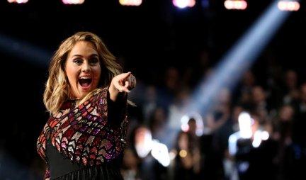 HAOS NA INSTAGRAMU! Popularnu pevačicu su pitali KOLIKO MUŠKARACA je IMALA DOSAD! Njen odgovor je ŠOKIRAO SVE