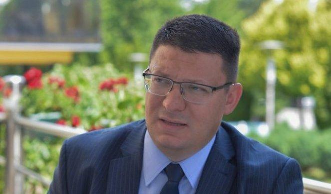 SRPSKA LIGA: Krizni štab da posluša predsednika Vučića i uvede desetodnevni karantin u Srbiji