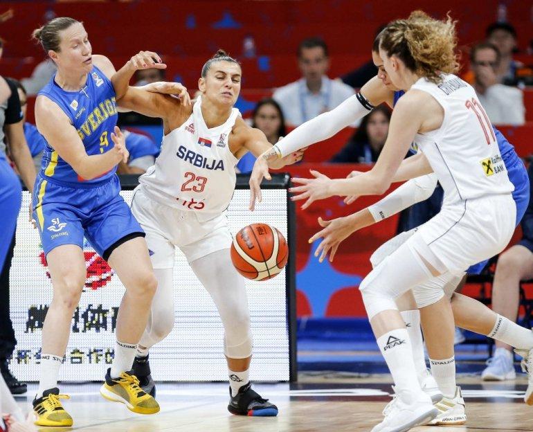 Foto Devojke Vi Ste Naše šampionke Arena Progutala