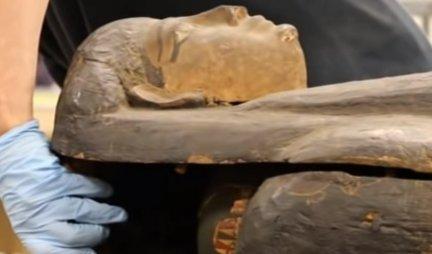 NEVEROVATNO OTKRIĆE ARHEOLOGA! Skenirali mumiju staru 2.000 godina, a onda je USLEDIO ŠOK! Nisu mogli da veruju šta su pronašli u NJENOM STOMAKU!/FOTO/