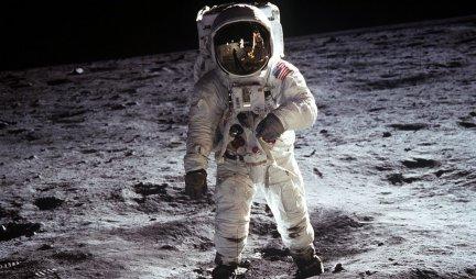 PRONAĐENA VODA NA POVRŠINI MESECA! NASA objavila ŠOK otkriće!