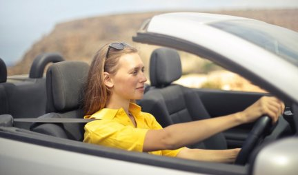 Na šta TROŠIMO najviše VREMENA? Koliko godina nam pojedu spavanje, telefonski razgovori, gužve u saobraćaju...