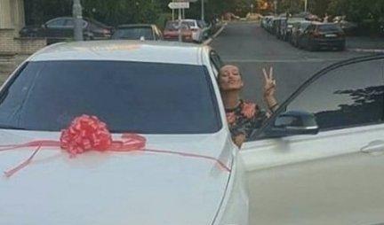 LUNA ZA MARKA SPREMILA IZNENAĐENJE! Ona je uzela nova kola, sada i I NJEGA ČEKA BMW! Objavljena slika, SVE JE SPREMNO (FOTO)