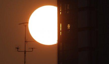SPREMITE SE ZA PRSTENASTO POMRAČENJE SUNCA! U 12:45 na nebu se očekuje REDAK FENOMEN - Obratite pažnju!