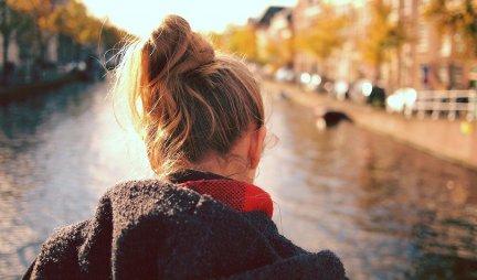 POSLEDNJI PUT SAM IŠLA KOD FRIZERA PRE 15 GODINA Sada se ljudi okreću za mnom na ulici i u čudu gledaju moju glavu