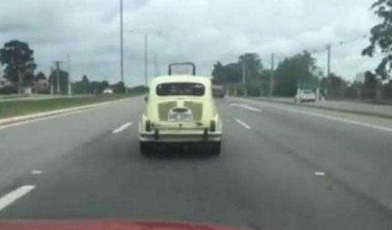 Na putu je naišao na FIĆU i hteo da ga pretekne, ali desilo se nešto neočekivano! (VIDEO)