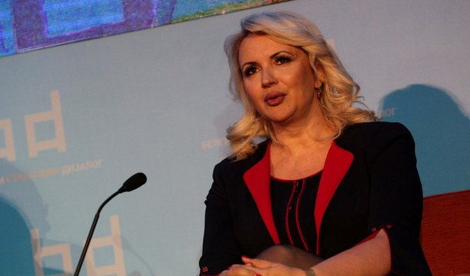 DOKTORKA DARIJA ZVANIČNO PREUZELA MINISTARSTVO RADA Evo šta joj je poželeo dosadašnji ministar Đorđević
