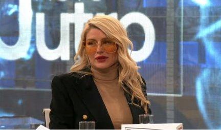 SILIKONI VEĆI OD GLAVE - Sandra Obradović uradila nove implante koji samo što ne EKSPLODIRAJU! /FOTO/
