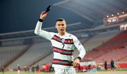 AU, DA LI JE MOGUĆE? 1.000.000 evra za Ronaldovu kapitensku traku! /VIDEO/FOTO/