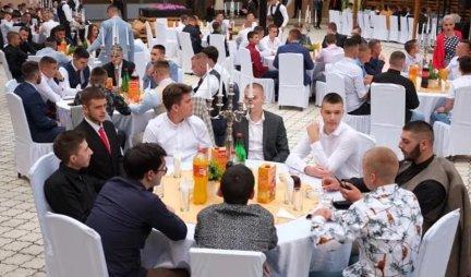 GOOD FUN IN THE ANNOUNCEMENT!  Sremska Mitrovica honors high school graduates, free prom nights at Hotel Srem