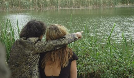 ONLY LOVE CAN DO THAT!  An Englishwoman fell in love with a poor Roma from Grabovica because of his violin!